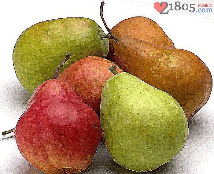 给宝宝吃水果,尤其易化痰的梨,可以加糖熬汤喝